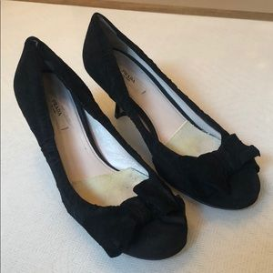 Prada bow pumps